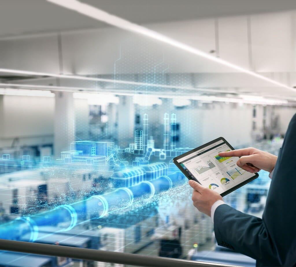 Siemens integriert Zukunftstechnologien für eine umwelteffizientere und flexiblere Produktion.