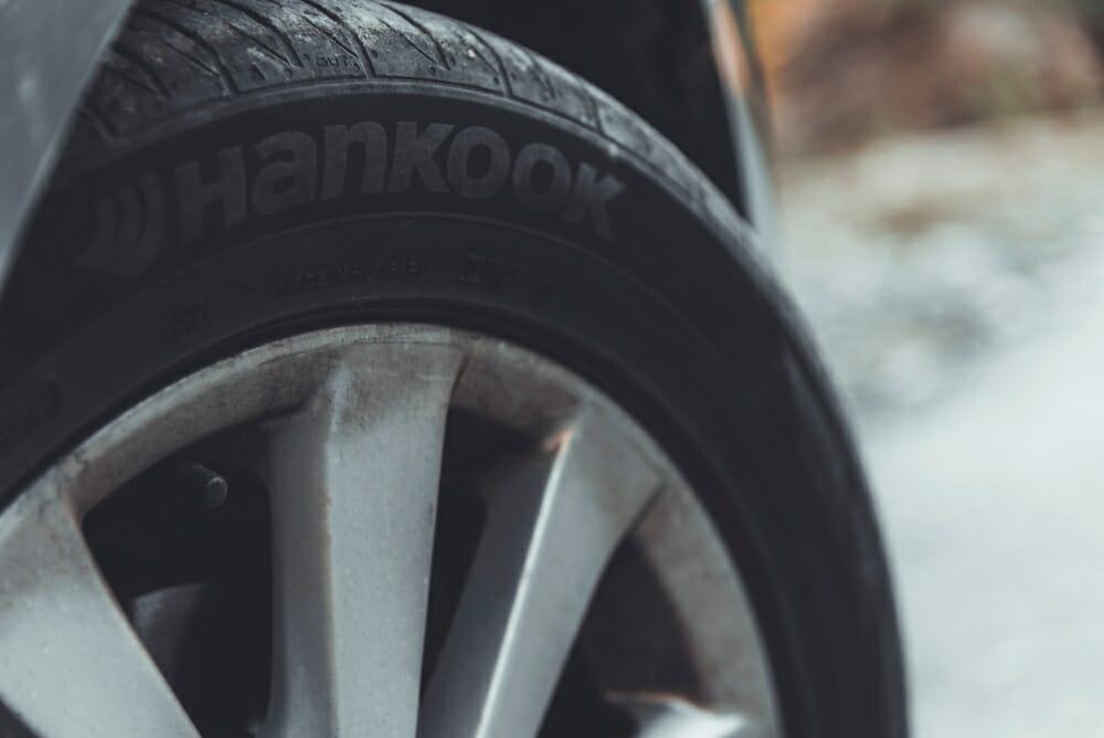 Reifenherstellung und Materialkombination mit künstlicher Intelligenz