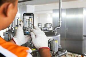 Remote-Arbeit in Industrieunternehmen mit Augmented Reality