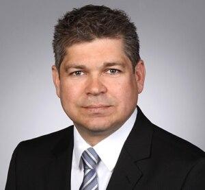 Michael Friege ist Leiter Customer Service & Support bei Waldorf Technik, einem Spezialist für Automation im Spritzgießbereich
