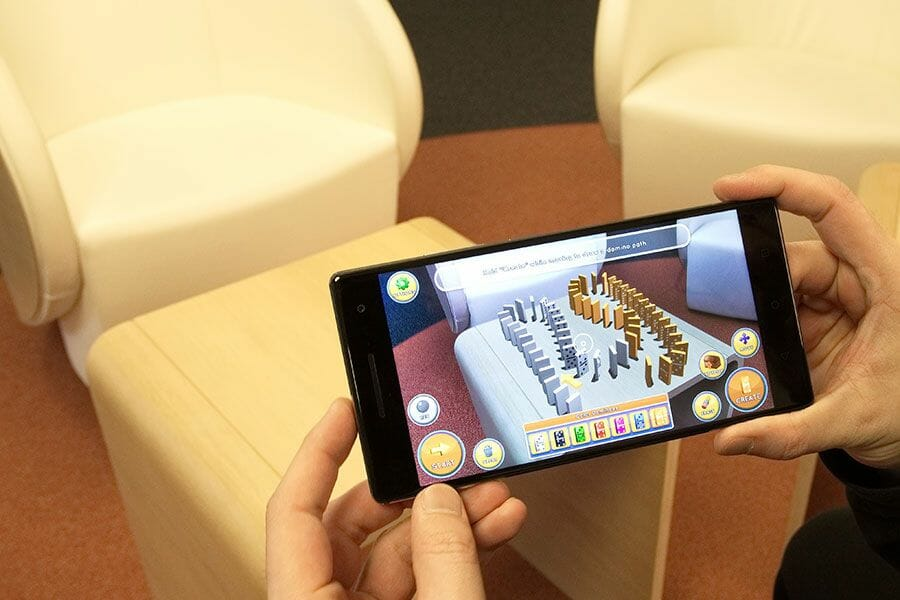 ifm_augmented_reality_hannover_messe